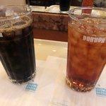 ドトールコーヒーショップ - アイスコーヒーとアイスティー