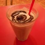 サクラカフェ&レストラン 池袋 - オールドファッションチョコレートソーダ