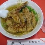 雲龍 - たぶんこの店の一番人気がこの排骨麺(パイコーめん)。