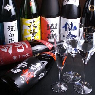 常時50種類の日本酒をグラス均一価格でご提供!