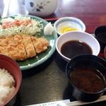 たつみ亭 - 料理写真:ランチかつ定食(ぽんず)