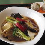 中国膳房 黎花 - メインの煮込み