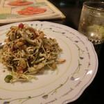 ミンガラバー - 「ラペットゥ」700円とミャンマー産「そば焼酎」500円