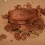 レストラン ビブ - リゾットの上に真鯛のポワレにトリュフをまぶして
