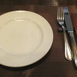イタリア田舎料理 ダンロ - テーブルセッティング