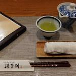 浜菜坊 - カウンターの卓上
