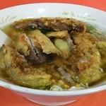 雲龍 - 排骨麺