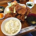 うおえい - 料理写真:鶏からあげ定食¥1,580