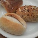 軽井沢ホテル パイプのけむり - 料理写真:焼きたてパン