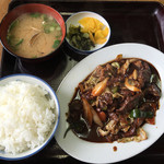 たこつぼ - 焼肉定食750円