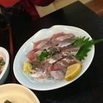 いわし料理 すゞ太郎 - イワシの刺身を別にもらう