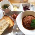 道の喫茶 もり辺 - 料理写真:今回はプレートランチ1,000円を注文しました。