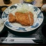 はかた市 - チキンカツ定食 660円