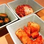 焼肉きんぐ - ☆キムチ3種☆食べ放題menu