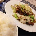 Qさんの上海厨房 - 日替わりランチ[牛カルビとキャベツの甘醤炒め](690円)を頂きました。