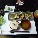 ふぁみりあ - 料理写真:ふぁみりあランチ900円(税込)