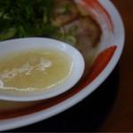 ラーメン食堂 麺道場 - 白濁スープは博多の味