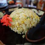 ラーメン食堂 麺道場 - 半チャーハン