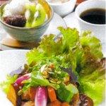 じねんや - 有機野菜丼と和パフェのセット 2000円