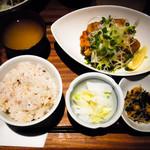 肉炭バル MATOIYA - 若鶏から揚げ定食(さっぱりねぎ塩)