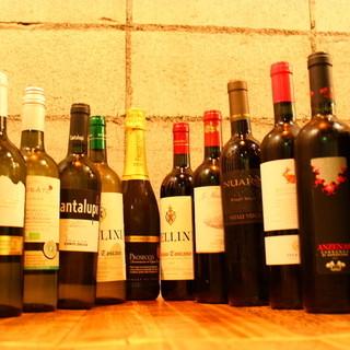 12種類の豊富なグラスワイン