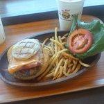 44839114 - ベーコン・チーズ・バーガー ドリンクセット 1,380円(外税)