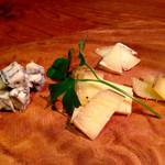 イタリアンバル ディース - 黄金チーズ 盛り合わせ