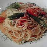 コンパーニョ - ツナオクラとトマトのオイルソース
