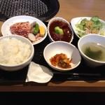 焼肉トラジ - 焼肉&ミニ牛タンシチュー御膳1700円