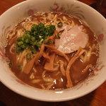 オカヤ食堂 - 濃厚魚介醤油ラーメン