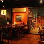 4485538 - ネパールの絵が飾られています