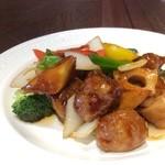中華料理 頤和園 天神店 - 黒酢の酢豚