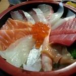 44857185 - 海鮮丼