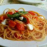 4486458 - フレッシュトマトとモッツァレラのスパゲッティ