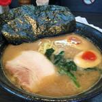 蔵前家 - ラーメン+味玉800円
