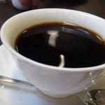 44861825 - 私は「コーヒー(450円:内税)を」・・軽い味わいですので飲みやすいかしら。