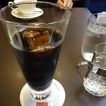 44861830 - ◆アイスコーヒーは本来550円ですが、スイーツとセットにすると100円引きになります。                       薄めだと言ってましたけれど、氷も「珈琲」で作られているなど拘られていましたよ。