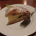 マザームーンカフェ - アーミッシュカントリーケーキ(630円)