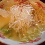 麺酒処 ぶらり - 鶏白湯らーめん  820円
