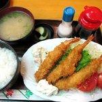4487619 - スペシャルランチ・手作り大!エビフライ定食