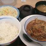 松屋 - 料理写真:シャンピニオンソースハンバーグ定食