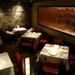 リストランテ イル コンティヌオ - ☆1階の右のテーブル席(*^^)v☆
