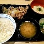 吉野家 - 麦とろ牛皿定食