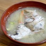 いろは寿司 - 魚味噌汁