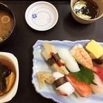 まぐろ基地 - 寿司定食