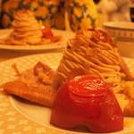 クレープリー・アルション - 「塩キャラメルモンブランと林檎のオーブン焼き」