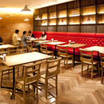 洋食屋 銀座グリルカーディナル - テーブル