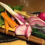 魚と酒 はなたれ - 湘南地野菜の盛り合わせ