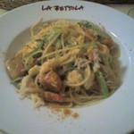 ラ・ベットラ・ダ・オチアイ - 渡り蟹と九条葱のパスタ