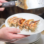 柳亭 - 焼き餃子